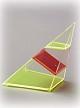 4-seitige Pyramide, stark geneigt